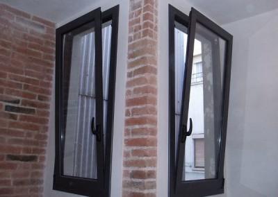 ventanas oscilo de una hoja