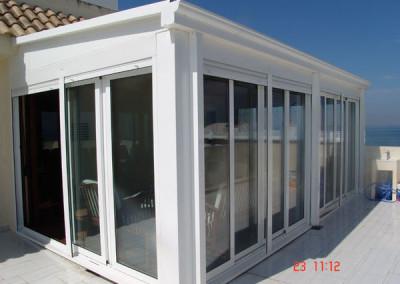 cerramiento de terraza con tejadillo