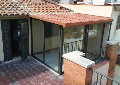 cerramiento terraza con tejadillo de teja
