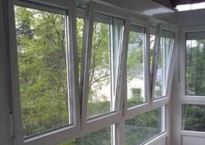 ventana oscilo en cierre de galeria
